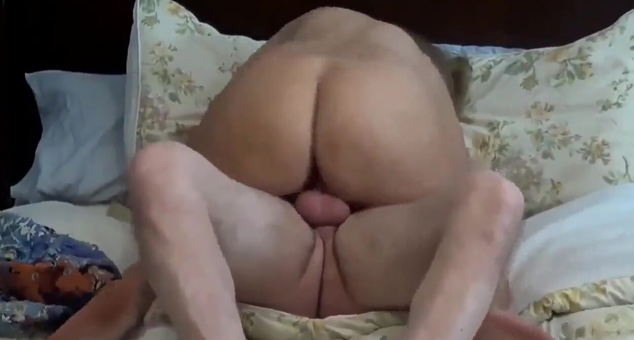 Amateur Milf Creampie Homemade