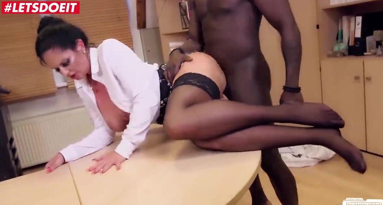 Brunette Big Tits Riding