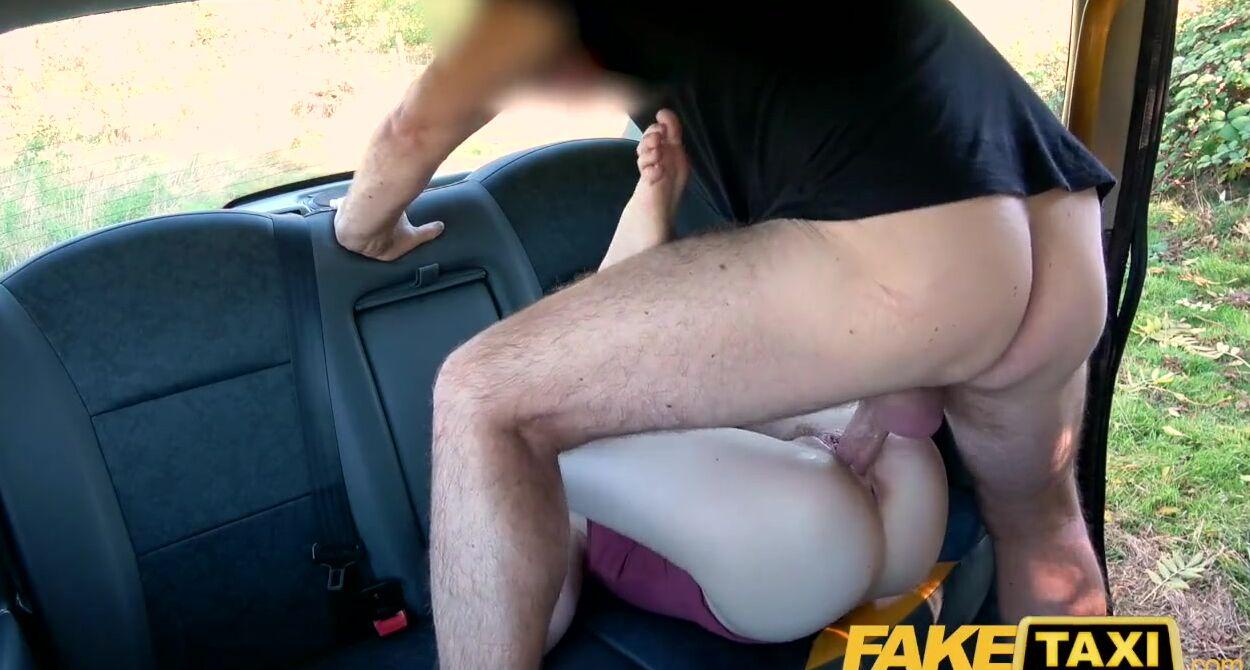 Eva Lovia Pussy Licking