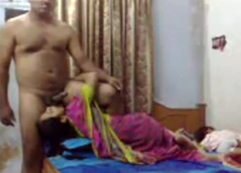 Indian Gujju Wife Fucked By Hubby Friend Till He Cums In Her Mouth