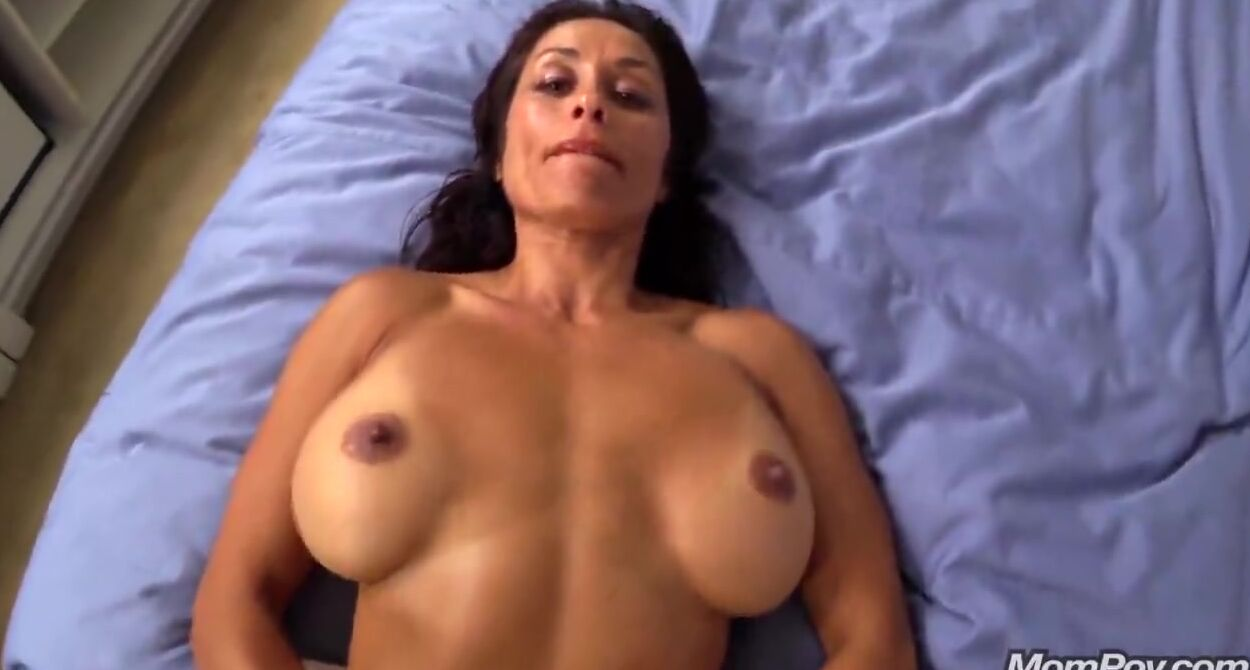 Latina Sloppy Deepthroat Bbc