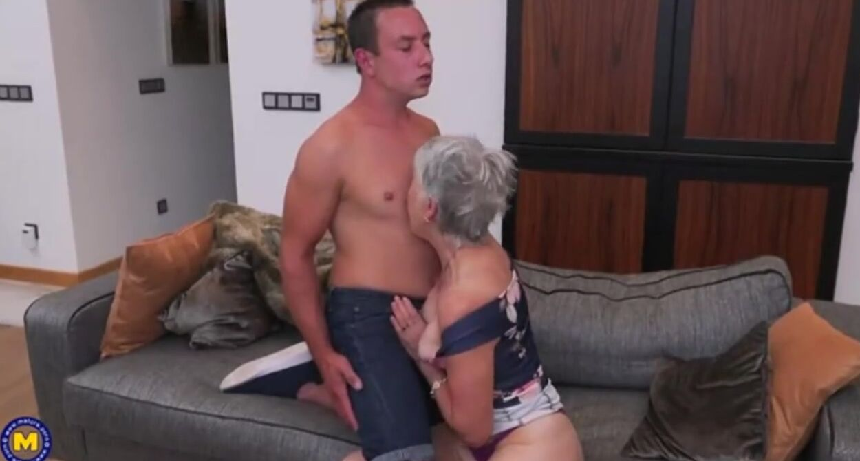 Mature Cougar Fucked Hd