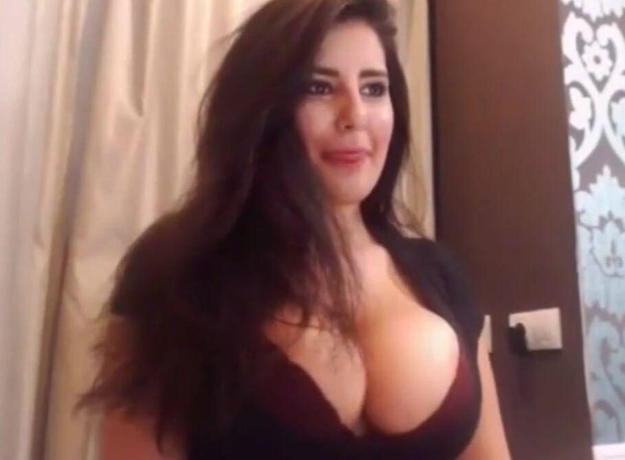 naked moms butt hole cum