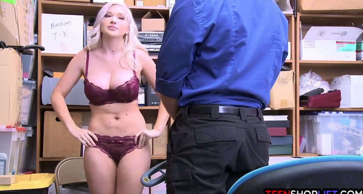 Big Tit Blonde Teen Babysitter